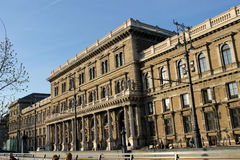 Alte Architekturart in Budapest stockfotos