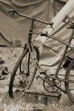 Alte Art-Fahrrad Stockfoto