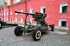 Alte Artillerie schießt nahe der Naryshkin-Bastion von Peter- und Paul-Festung, St Petersburg, Russland Stockbild
