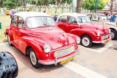 Alte Autos Morris Ten Minor 1000 an einer Ausstellung von alten Autos im Kiryat Motskin Lizenzfreie Stockfotos