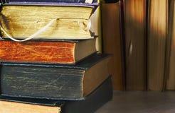 Alte Bücher, Abschluss oben Stockfoto