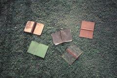 Alte Bücher auf dem Boden Lizenzfreies Stockfoto