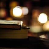 Alte Bücher an der Bibliothek Lizenzfreies Stockbild