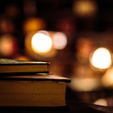 Alte Bücher an der Bibliothek Stockfotos