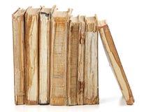 Alte Bücher der unterschiedlichen Form und der Farbe Stockbild