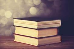 Alte Bücher der Weinlese Stockbild