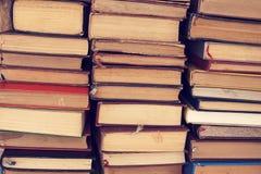Alte Bücher des gebundenen Buches Lizenzfreies Stockfoto