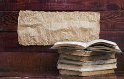 Alte Bücher des Stapels Lizenzfreies Stockbild