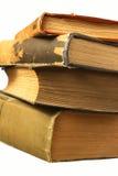Alte Bücher, getrennt auf Weiß Lizenzfreie Stockfotos