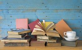 Alte Bücher, Lernkonzept Lizenzfreies Stockfoto