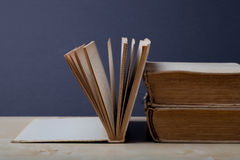 Alte Bücher Selektiver Fokus Flache Schärfentiefe Stockbild