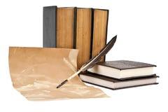 Alte Bücher und Feder Stockbild