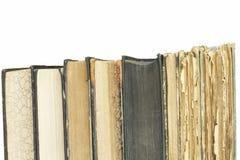 Alte Bücher zu lesen Studieren von alten Wörterbüchern Lizenzfreies Stockfoto