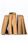 Alte Bücher zusammen vorbei angehäuft Lizenzfreies Stockbild
