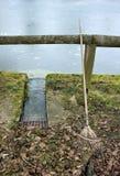 Alte Bürsten-linkes allein nach der Arbeit Stockbild