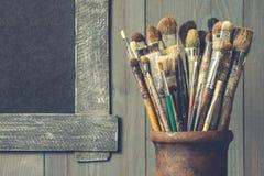 Alte Bürstenkünstler Artistic-Ausrüstung Lizenzfreie Stockfotografie