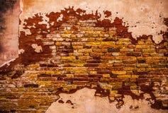 Alte Backsteinmauer als Hintergrund foto Stockbilder
