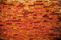Alte Backsteinmauer als Hintergrund foto Stockfotos