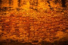 Alte Backsteinmauer als Hintergrund foto Lizenzfreie Stockbilder