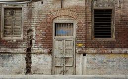 Alte Backsteinmauer an der alten Stadt in Amritsar, Indien Stockbilder
