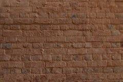 Alte Backsteinmauer der Beschaffenheit in einem verlassenen Gebäude stockbild