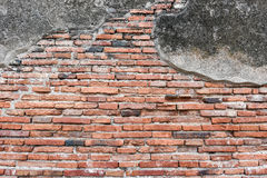 Alte Backsteinmauer des Tempels in Ayutthaya-Provinz Stockfoto