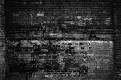 Alte Backsteinmauer, dunkles Licht Kann als Postkarte verwendet werden Stockfoto