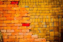 Alte Backsteinmauer ist Hintergrund Lizenzfreie Stockbilder