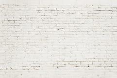 Alte Backsteinmauer mit weißer Farbenhintergrundbeschaffenheit Lizenzfreies Stockfoto