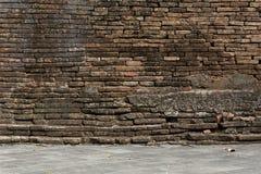 Alte Backsteinmauer verwitterter Hintergrund Lizenzfreies Stockbild