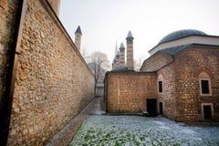 Alte Backsteinmauern der Moschee in der alten Stadt Lizenzfreie Stockfotografie
