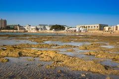 Alte Badeanstalt auf dem Strand von 'La Caleta', eins des meisten famou Lizenzfreie Stockfotografie