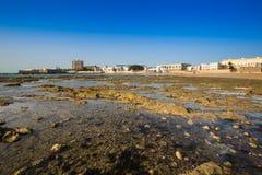 Alte Badeanstalt auf dem Strand von 'La Caleta', eins des meisten famou Stockfotos