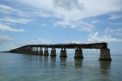 Alte Bahia Honda Rail Bridge bei Bahia Bay State Park, Florida-Schlüssel Lizenzfreie Stockfotografie