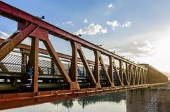 Alte Bahnbrücke über dem Ebro, Tortosa Spanien Stockfotografie