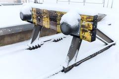 Alte Bahnsackgasse umfasst mit Schnee Stockbild
