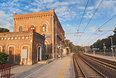 Alte Bahnstation in Castiglioncello, Livorno, Toskana, Italien Lizenzfreies Stockbild