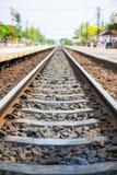 Alte Bahnstrecken am Bahnhof Lizenzfreies Stockfoto