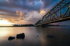 Alte Bahnzugbrücke auf der Oder in Szczecin Stockbild
