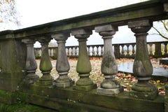 Alte Balustrade/Details Stockbilder