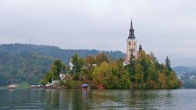 Alte barocke Kirche auf Bled Insel in Slowenien Lizenzfreies Stockfoto