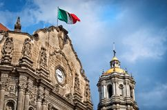 Alte Basilika unserer Dame von Guadalupe in Mexiko City Lizenzfreies Stockbild