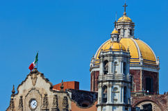 Alte Basilika unserer Dame von Guadalupe in Mexiko City Stockfoto