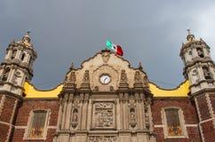 Alte Basilika unserer Dame von Guadalupe in Mexiko City Lizenzfreie Stockfotos