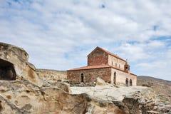 Alte Basilika an Uplistsikhe-Höhle Stockfotografie