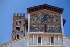 Alte Basilika von San Frediano in Lucca (Izaly) Lizenzfreies Stockfoto