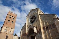 Alte Basilika von San Zeno in Verona in Nord-Italien Stockfoto