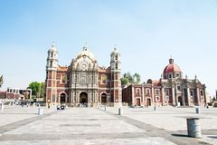 Alte Basilika von unserer Mary von Guadalupe, Mexiko City Stockbild