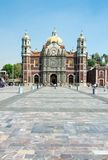 Alte Basilika von unserer Mary von Guadalupe, Mexiko City Stockfotografie