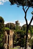Alte Basilikakirche Santi Giovanni e Paolo, Rom, Italien Lizenzfreie Stockfotos